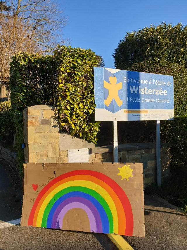 Court-st-Etienne: solidarité dans les écoles!