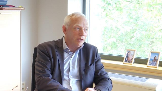 Covid-19 : le gouverneur Gilles Mahieu appelle à la prudence
