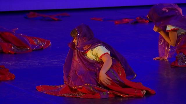 dbranché 16.25 : Danses folkloriques