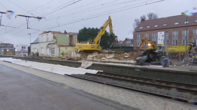 Démolition de l'ancienne gare à Waterloo, la fin d'une histoire de 147 ans