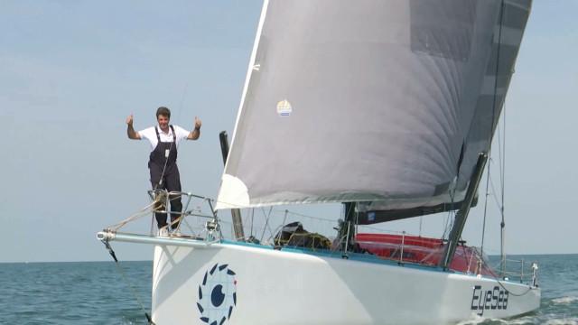 Denis Van Weynbergh, le skipper ottintois s'entraîne pour le Vendée Globe