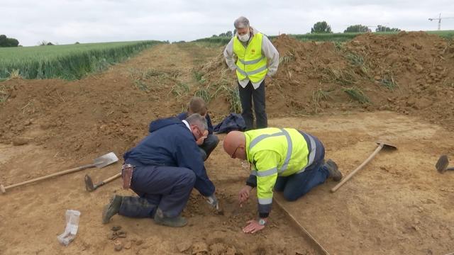 Evaluation archéologique au contournement de Jodoigne, déjà quelques trouvailles