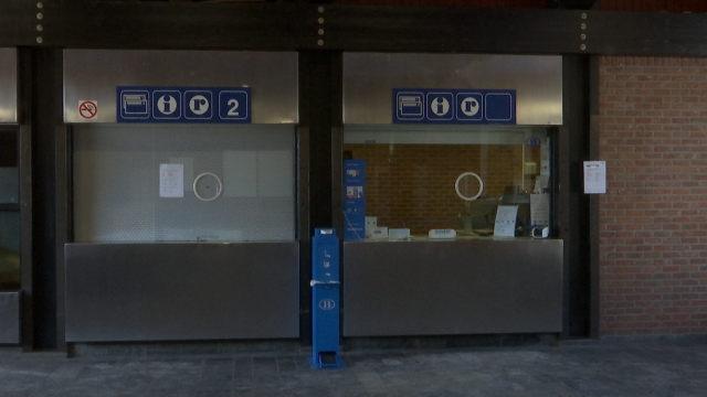"""Fermeture des guichets SNCB : """"On méprise les institutions communales"""""""