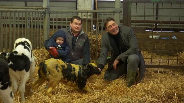 Genappe : Le ministre Ducarme en visite à la ferme Paridaens