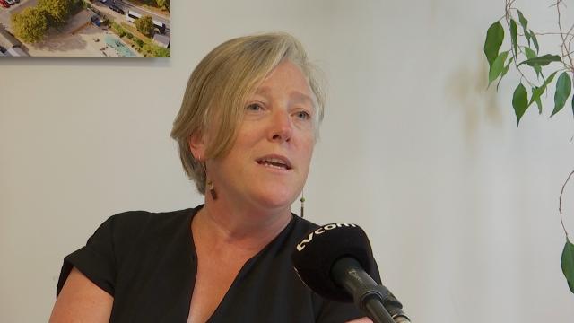 """Julie Chantry : """"Nous devons être informés de la situation sanitaire dans notre commune"""""""