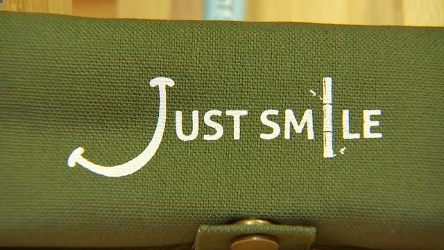 Just Smile prend le contrepied du Black Friday avec des prix doublés pour la bonne cause