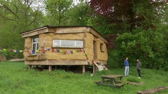 testL'habitat léger et alternatif reconnu juridiquement : un premier pas pour les habitants