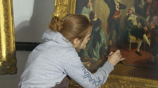 Émilie Gonçalves : portrait d'une restauratrice d'œuvres d'art du Palais royal