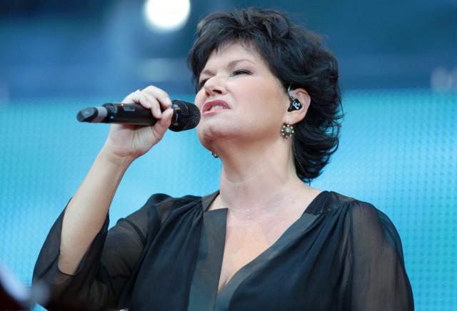 """La chanteuse Maurane est décédée : """"une chanteuse hors du commun"""" selon Charles Michel"""