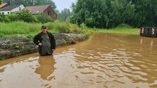 Le Brabant wallon sous eau : les rues de Tourinnes transformées en rivières