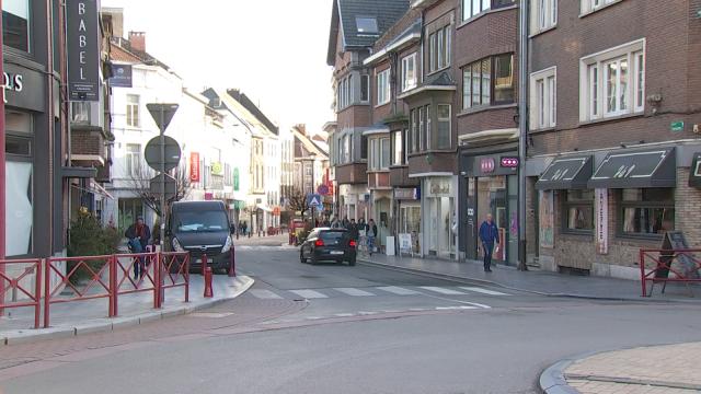 Le parking payant impacte les commerces à Wavre ? L'échevin dément