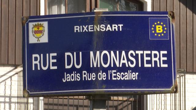 Le fin de la zone de circulation locale fait débat dans la rue du Monastère