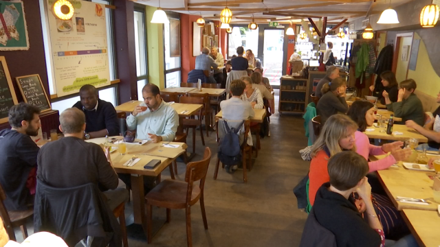 """testLes 10 ans du café citoyen """"Altérez-vous"""" à LLN"""