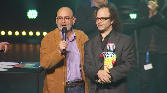 testMusicien et humoriste, Claude Vonin remporte le Zygomaticomaca