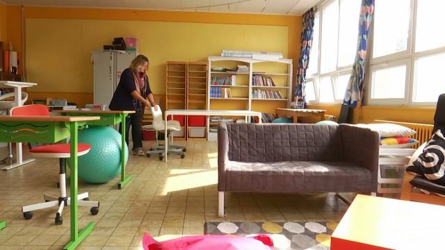 testNivelles : Madame Julie prépare une classe flexible pour la rentrée !