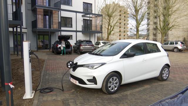 Nivelles : Une voiture électrique pour la collectivité