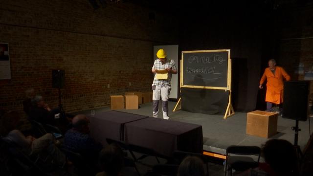 Ottignies : une pièce de théâtre jouée par des apprenants de Lire et Écrire