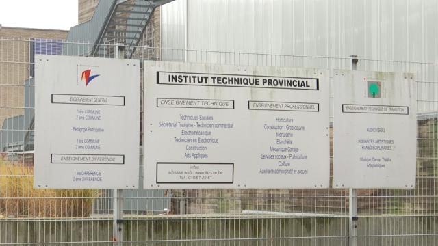 testPas d'examens dans les écoles provinciales en juin