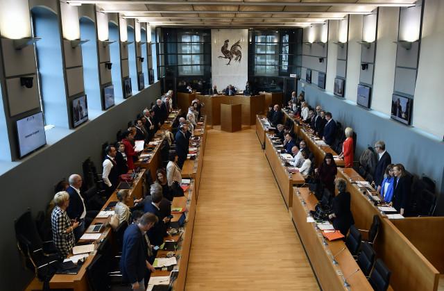 Quelle répartition des sièges au Parlement de Wallonie et à la Chambre?