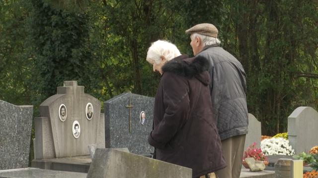 testRebecq : redonner un peu de vie aux sépultures des morts