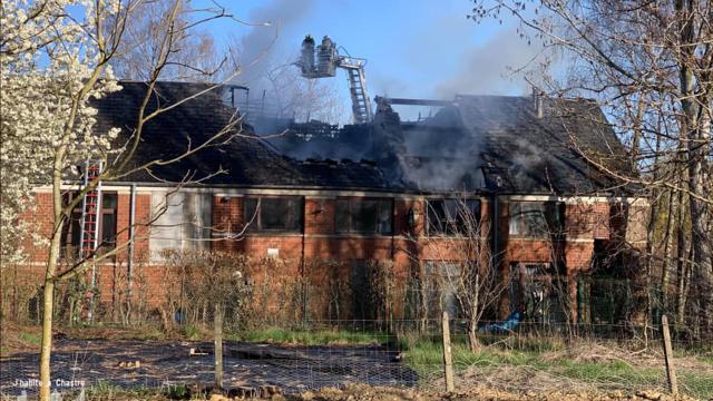 Un incendie a ravagé l'Espace 2000 à Chastre