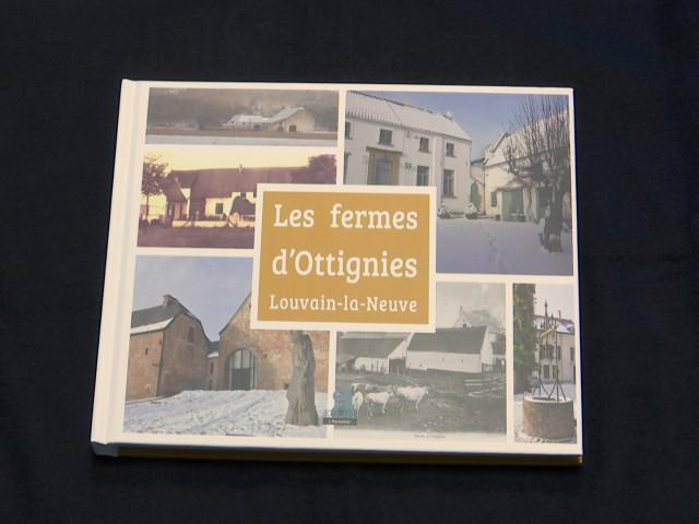 Un livre sur les fermes richement illustré