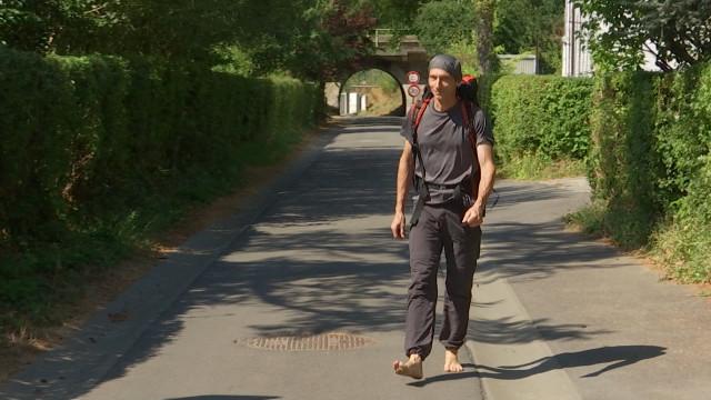 testUn Stéphanois va marcher jusqu'à Saint-Jacques-de-Compostelle.... sans chaussures !