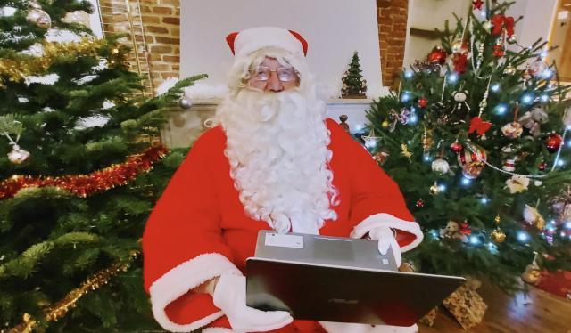 testUne visioconférence avec le Père Noël, c'est possible !
